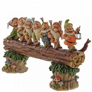 Disney Traditions A Good Day's Work, A Good Night's Sleep (Seven Dwarfs Master